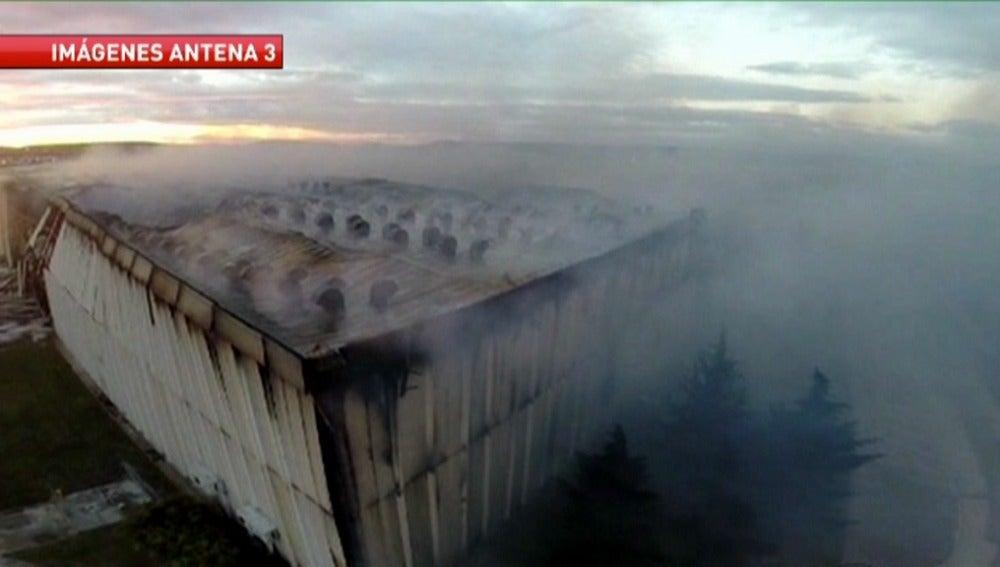 Imagen aérea del incendio de la fábrica de Campofrío en Burgos