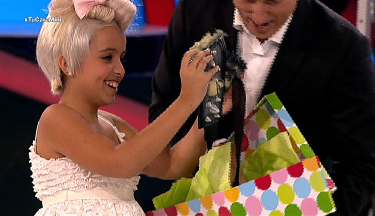 Abril gana el premio a la niña de la curva de Tu cara me suena Mini