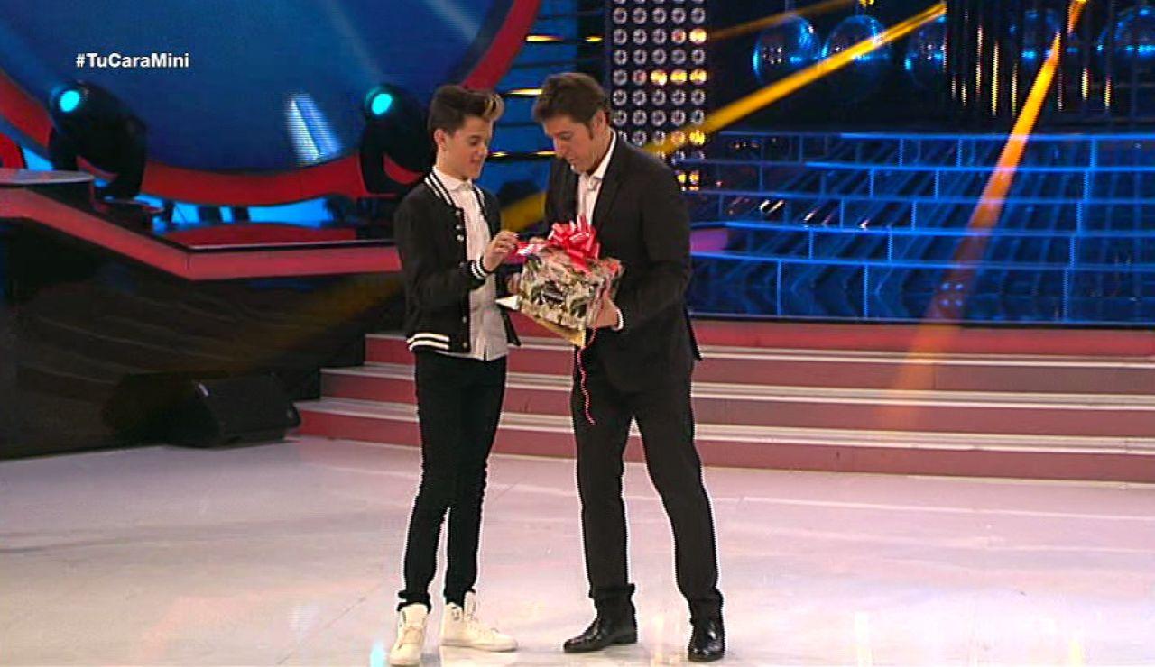 José gana el premio a la voz mutante de Tu cara me suena Mini