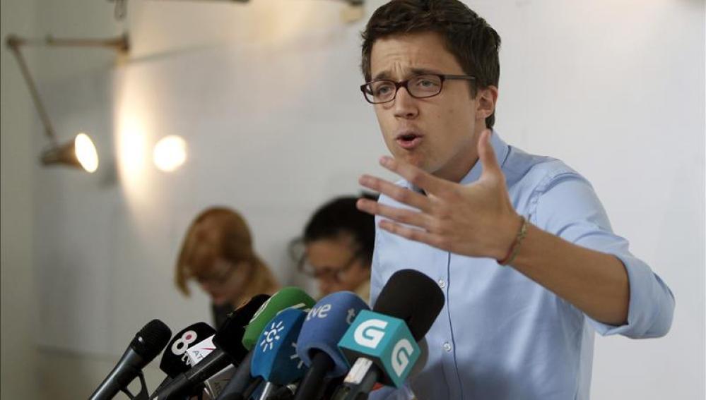 Íñigo Errejón comparece ante los medios