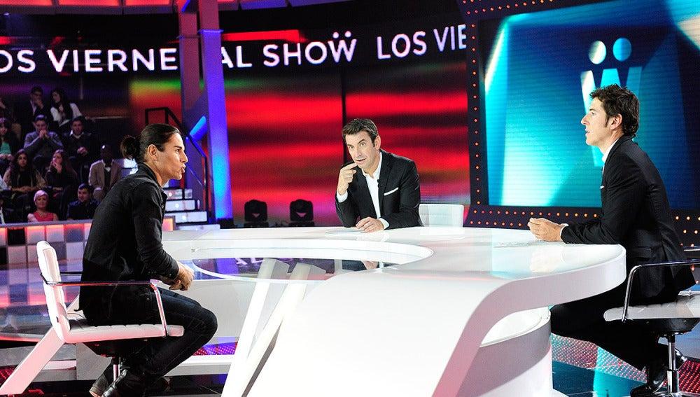 Entrevista a Julio José Iglesias en Los viernes al show