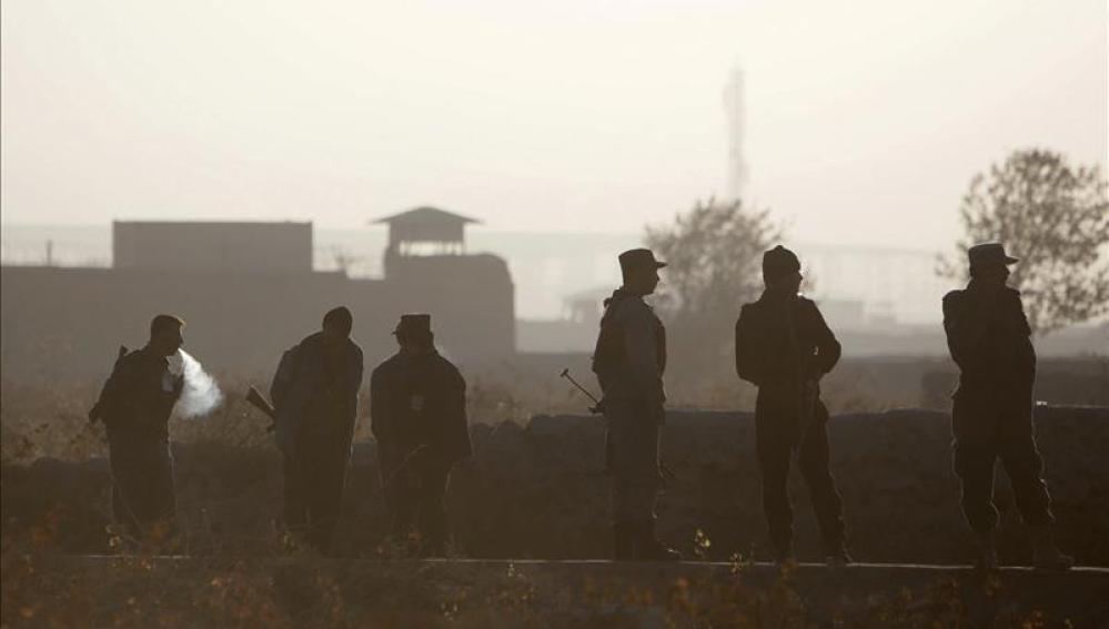 Un atentado suicida en Afganistán deja al menos 40 muertos y más de 70 heridos