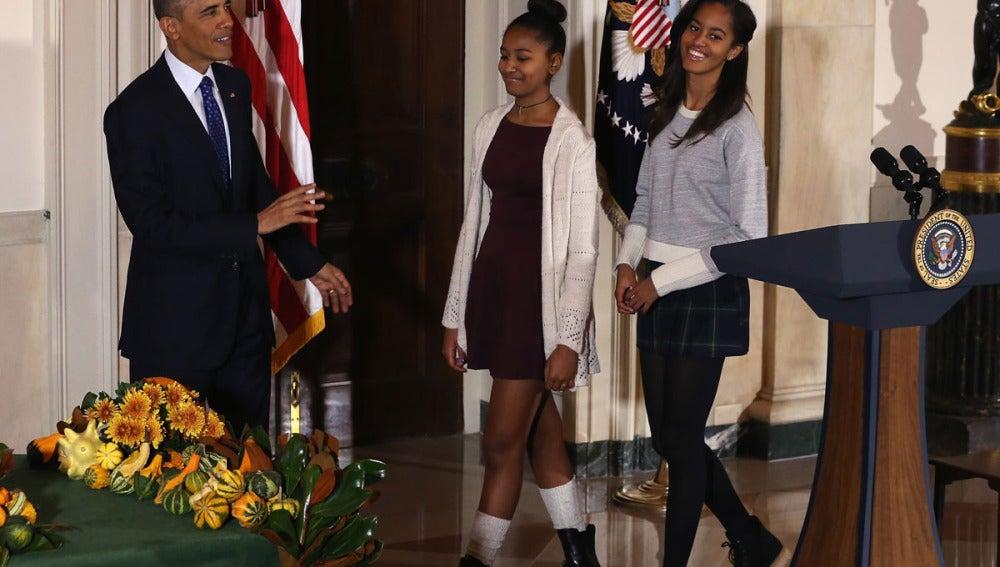 Las hijas de Obama, durante el Día de Acción de Gracias