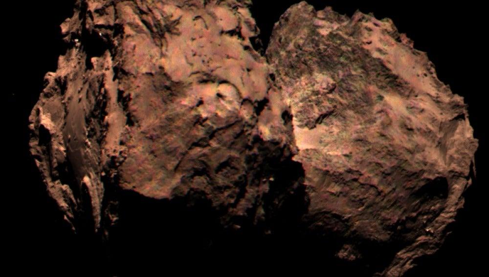 Imagen del cometa 67P captada por OSIRIS