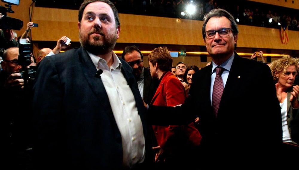 Oriol Junqueras junto a Artur Mas