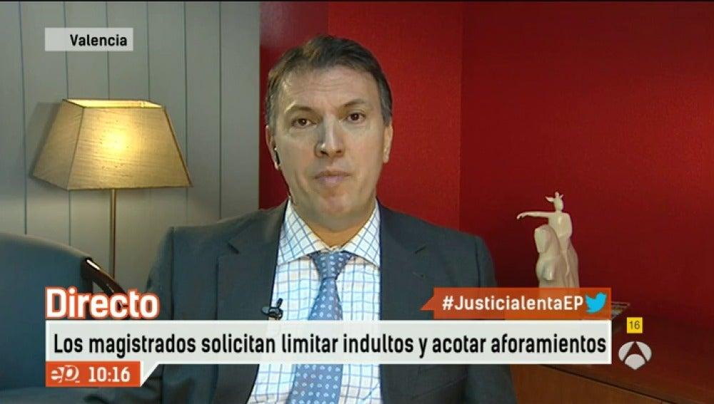 Antena 3 tv la reforma que propone el gobierno es pura for Espejo publico hoy completo