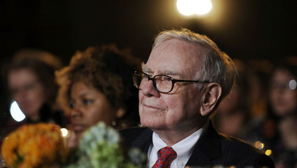 Warren Buffet, segundo más rico del mundo según Bloomberg