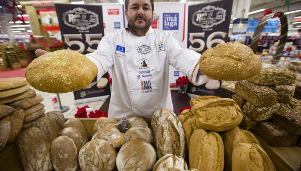 Elaboran el pan más caro del mundo: lleva oro