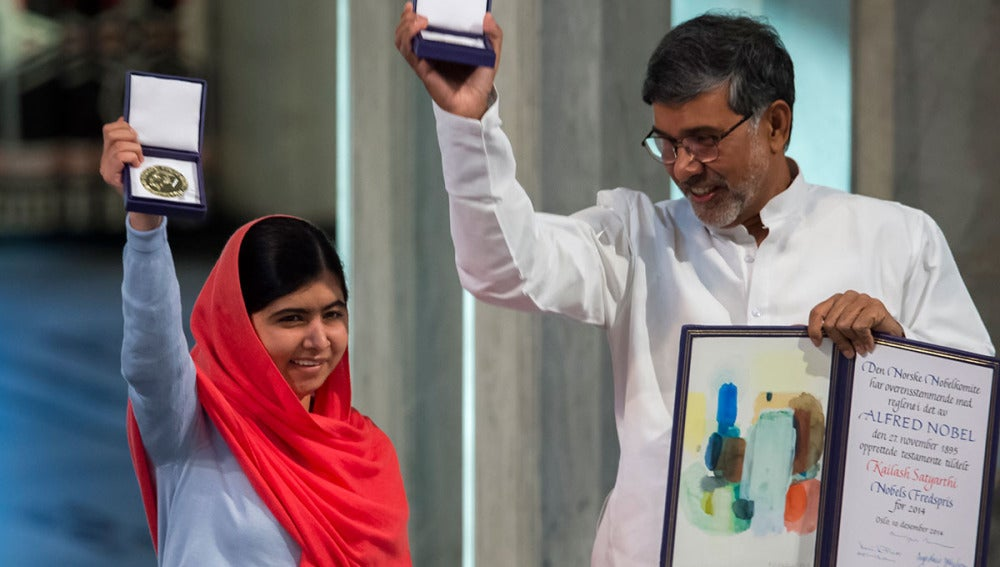 Malala y el presidente de la Marcha Global contra el Trabajo Infantil, el indio Kailash Satyarthi, reciben el nobel de la Paz