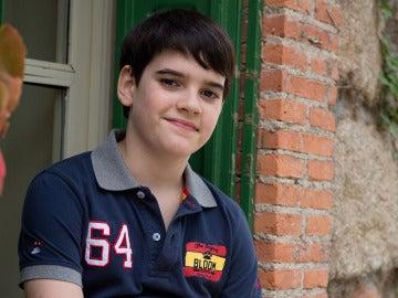 Daniel Avilés es Nico en 'Algo que celebrar'
