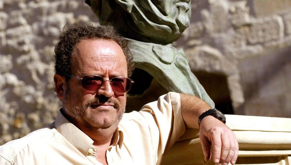 El escritor Rafael de Cózar