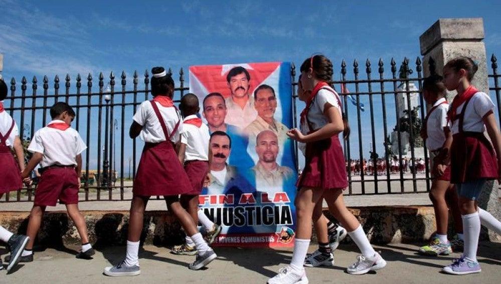 Cartel de la 'Red Avispa' en Cuba