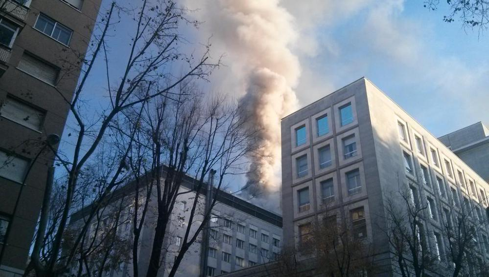 Incendio en el Ministerio de Defensa en Madrid