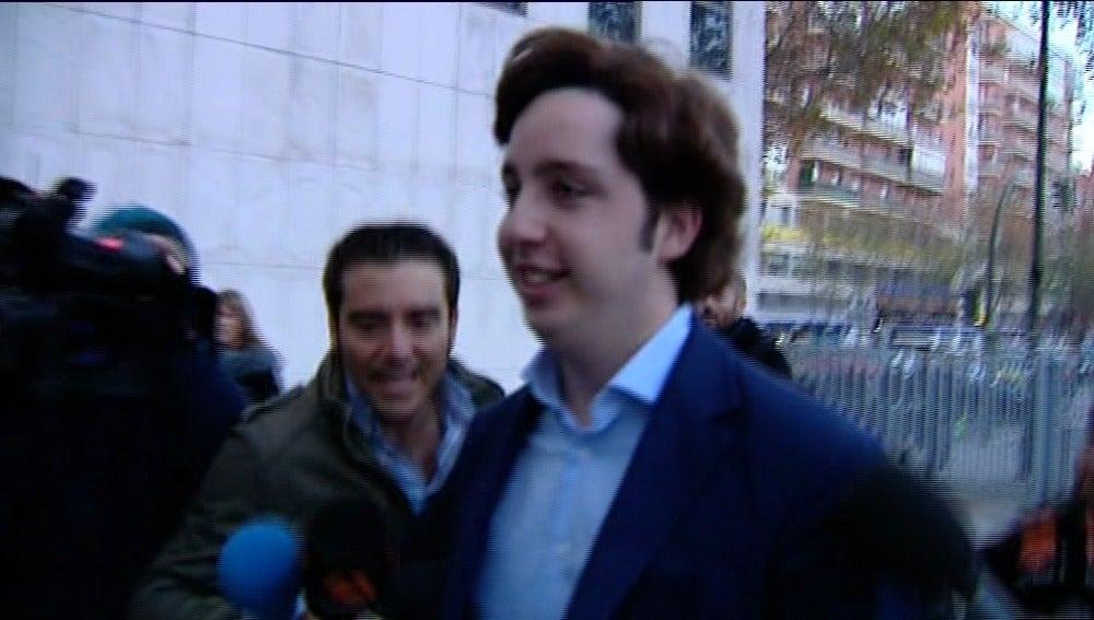 El 'pequeño Nicolás' llega al juzgado
