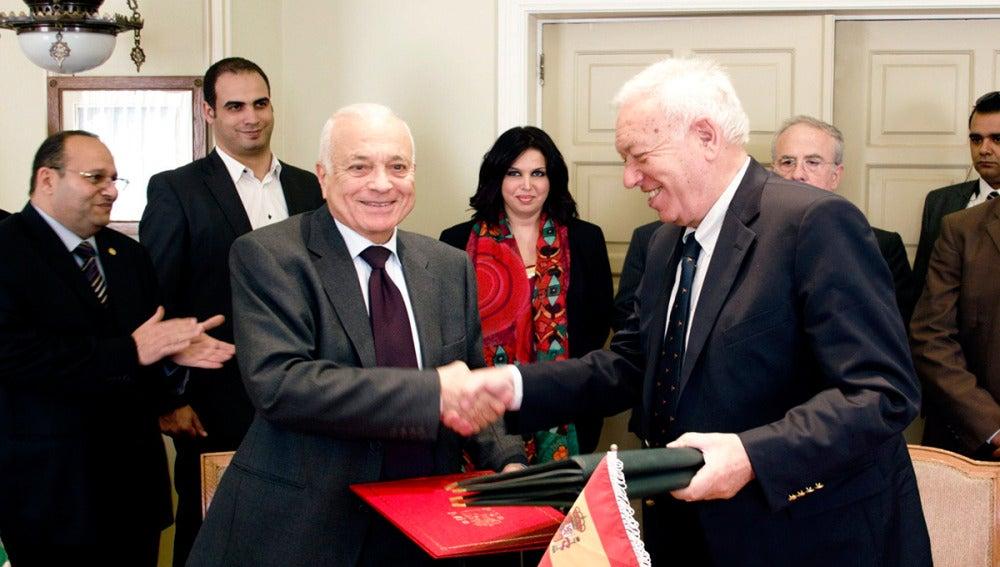 Margallo, con Nabil al Arabi, secretario general de la Liga Árabe