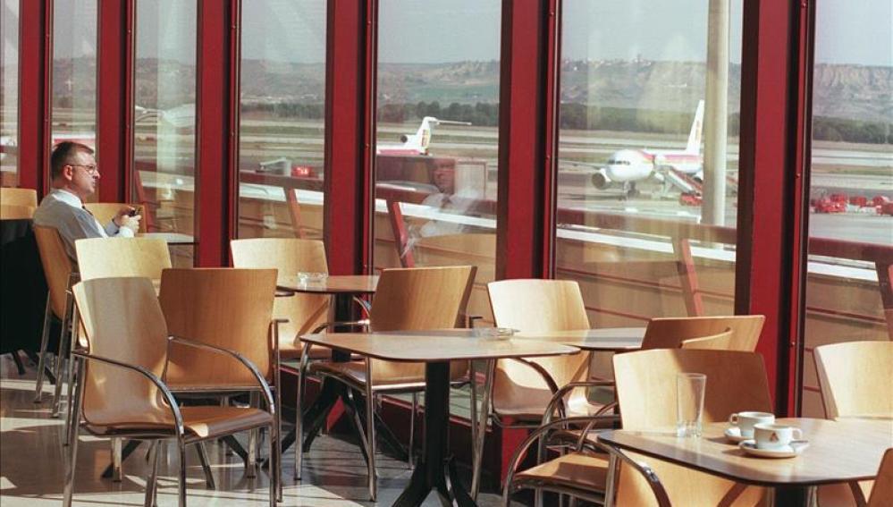 Conectado a Internet en el aeropuerto