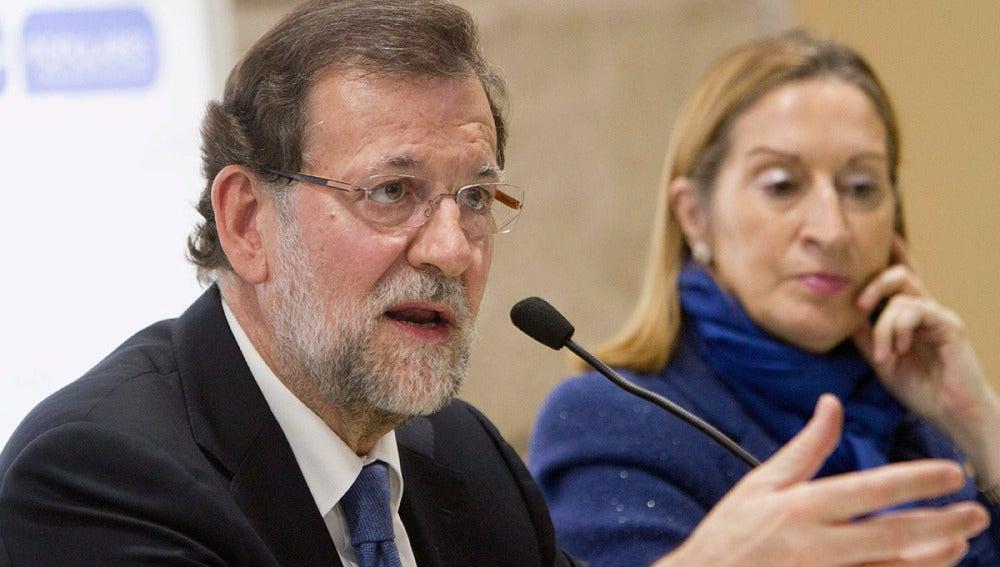 Mariano Rajoy interviene en la junta provincial del PP en Pontevedra