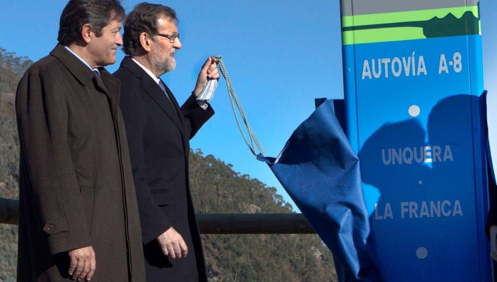 Rajoy en la inauguración de un tramo de la A-8