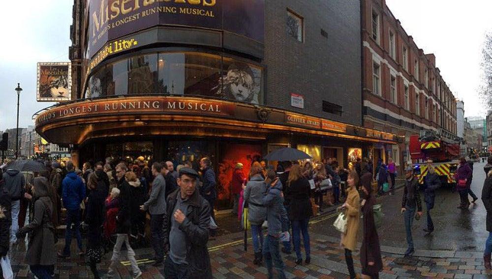 Teatro londinense evacuado por un fallo eléctrico