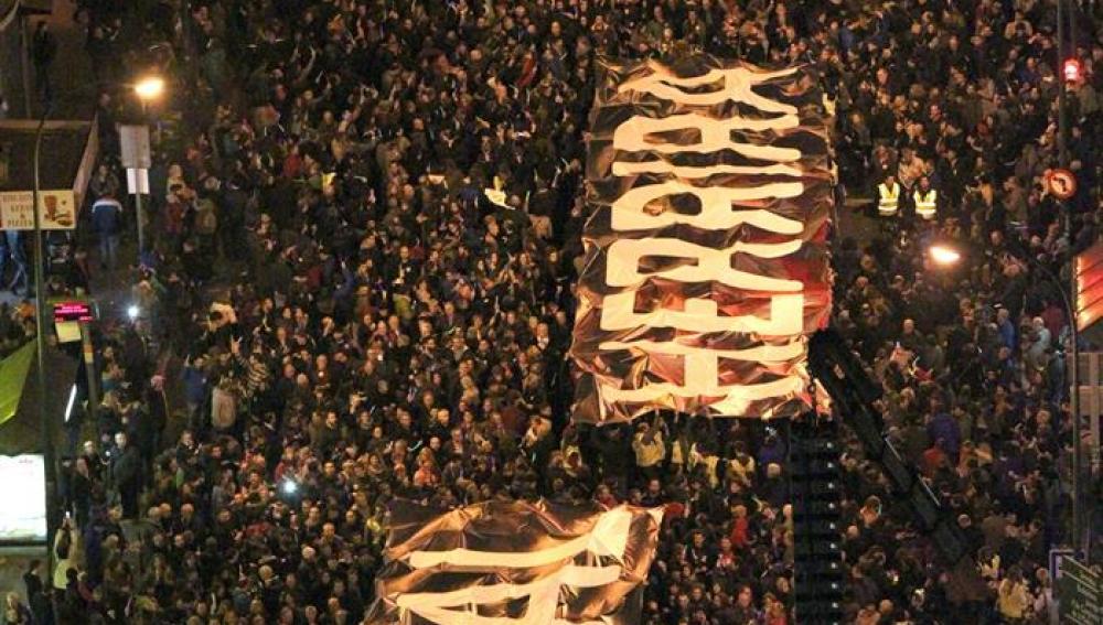 Cerca de 75.000 se han manifestado en Bilbao con la dispersión de los presos de ETA