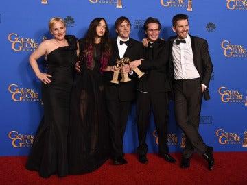 Actores y director de 'Boyhood', ganadora de mejor drama