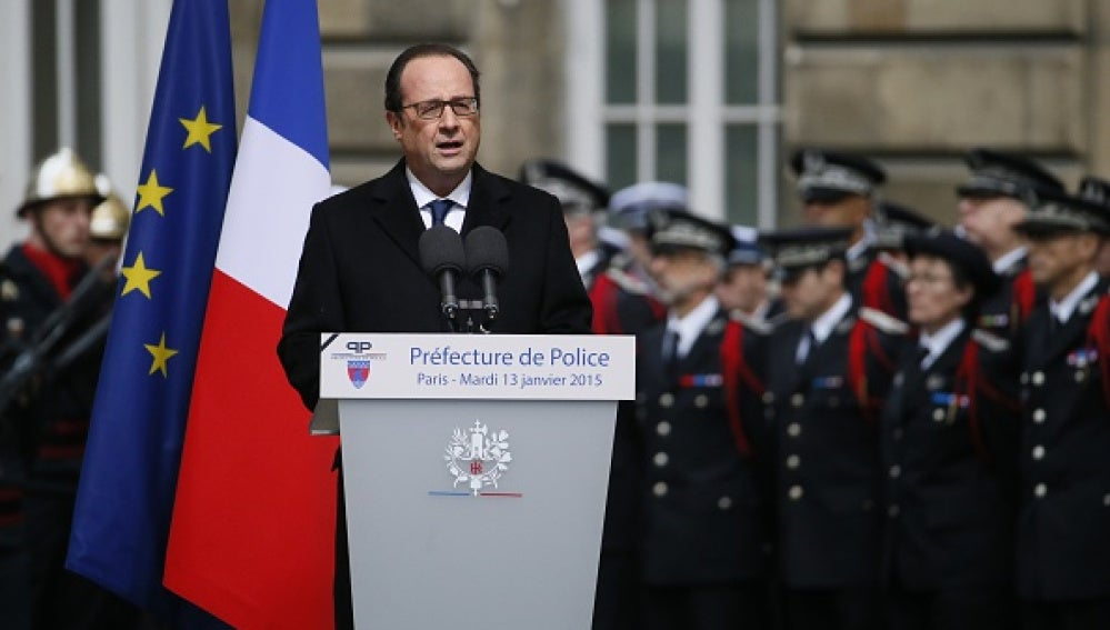 François Hollande en el acto en París