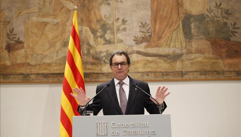 Mas convoca elecciones catalanas el 27 de septiembre tras un acuerdo con ERC