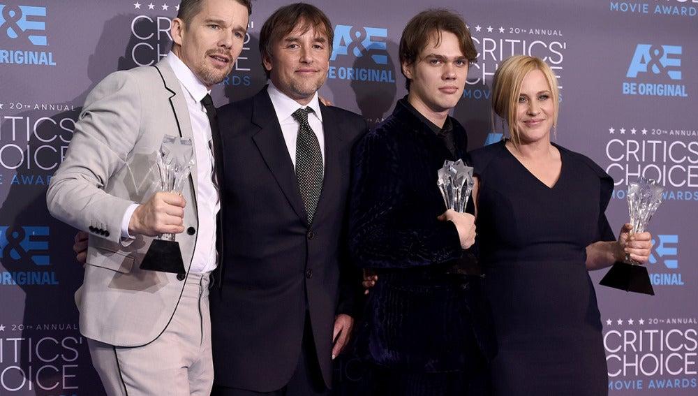 Ethan Hawke, Richard Linklater, Ellar Coltrane y Patricia Arquette, el equipo al completo de 'Boyhood', Mejor película