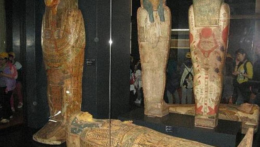 Dos momias falsas en el Museo Vaticano