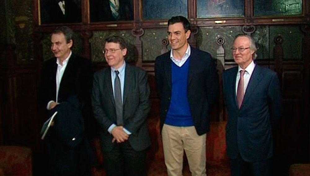 Zapatero y Pedro Sánchez, en el Ateneo de Madrid
