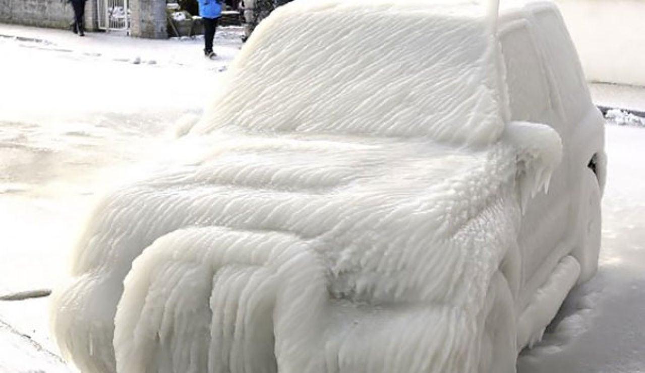 Coche congelado