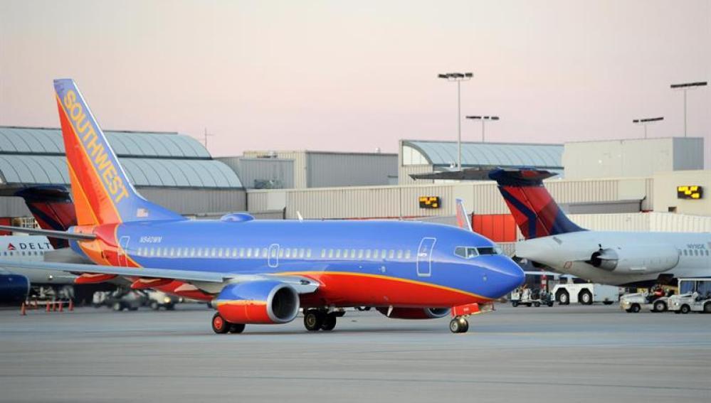 Avión en el aeropuerto de Atlanta