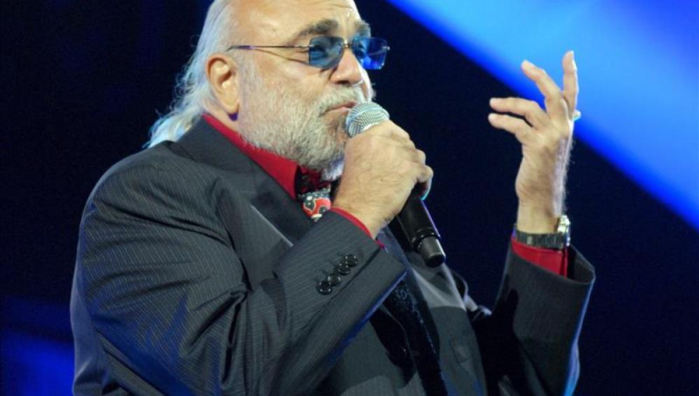 El cantante griego Demis Roussos