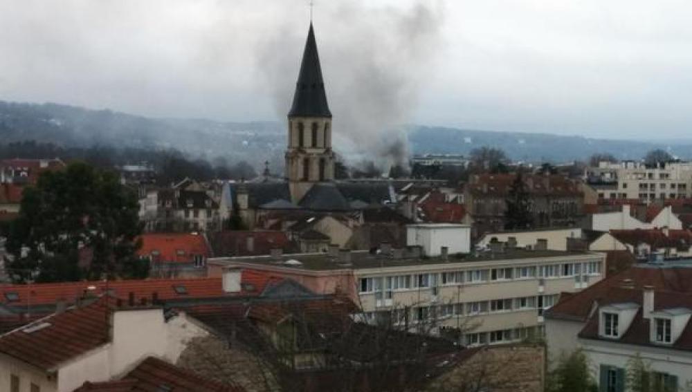 Incendio en casa de Jean-Marie Le Pen