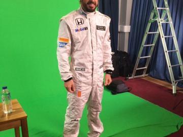 Primera imagen de Alonso con el mono de McLaren-Honda