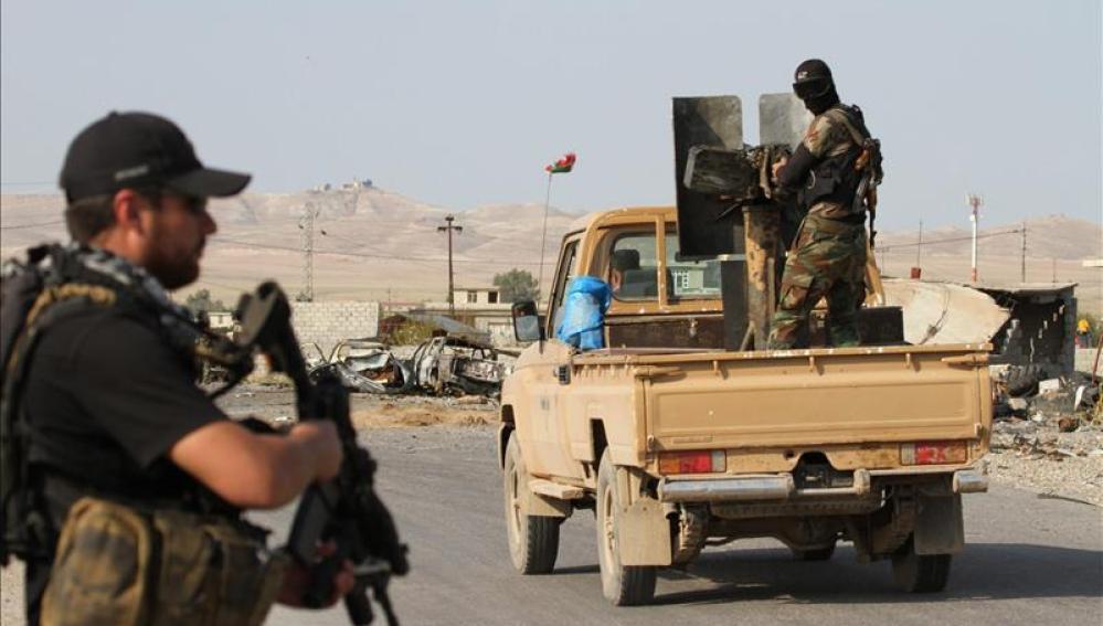 El EI difunde un video con la supuesta decapitación de un espía sirio de Jordania