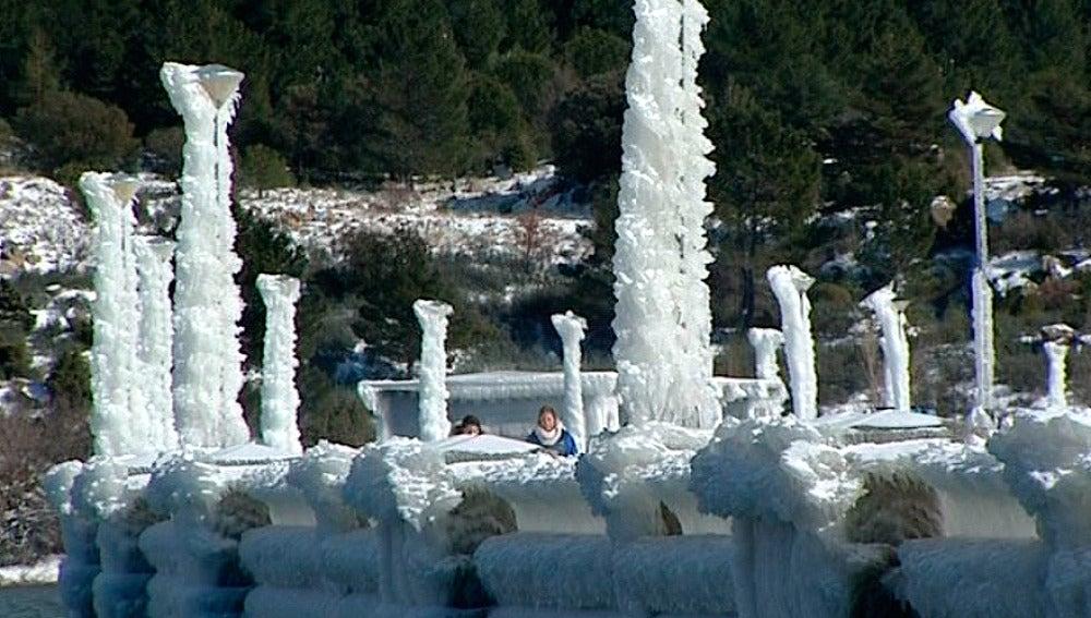 Farolas congeladas en Navacerrada