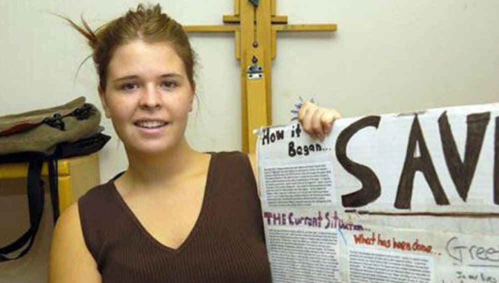La estadounidense Kayla Mueller en una imagen de una red social.