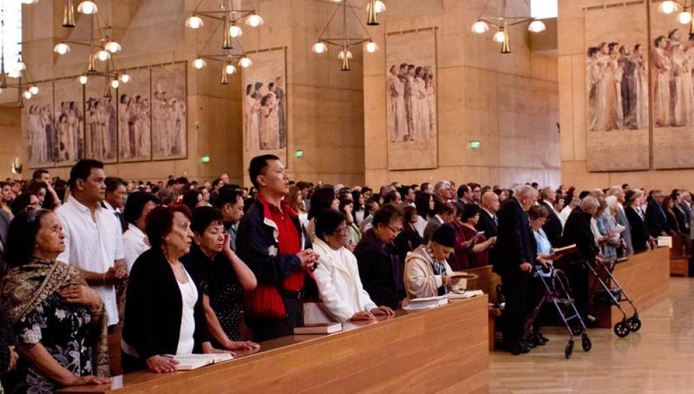 Misa en arquidiócesis de Los Ángeles.