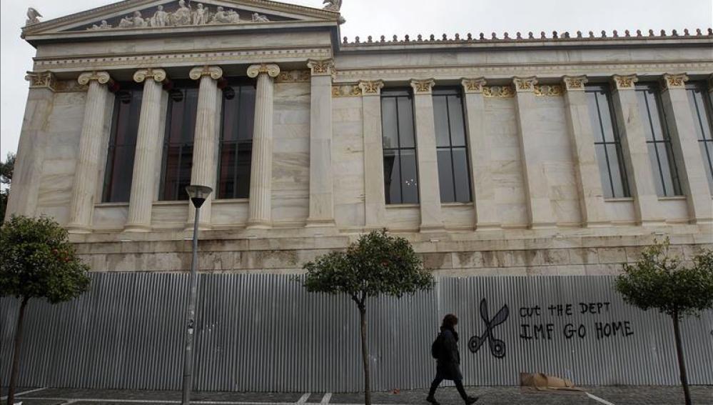 Amplio apoyo de los griegos a Tsipras