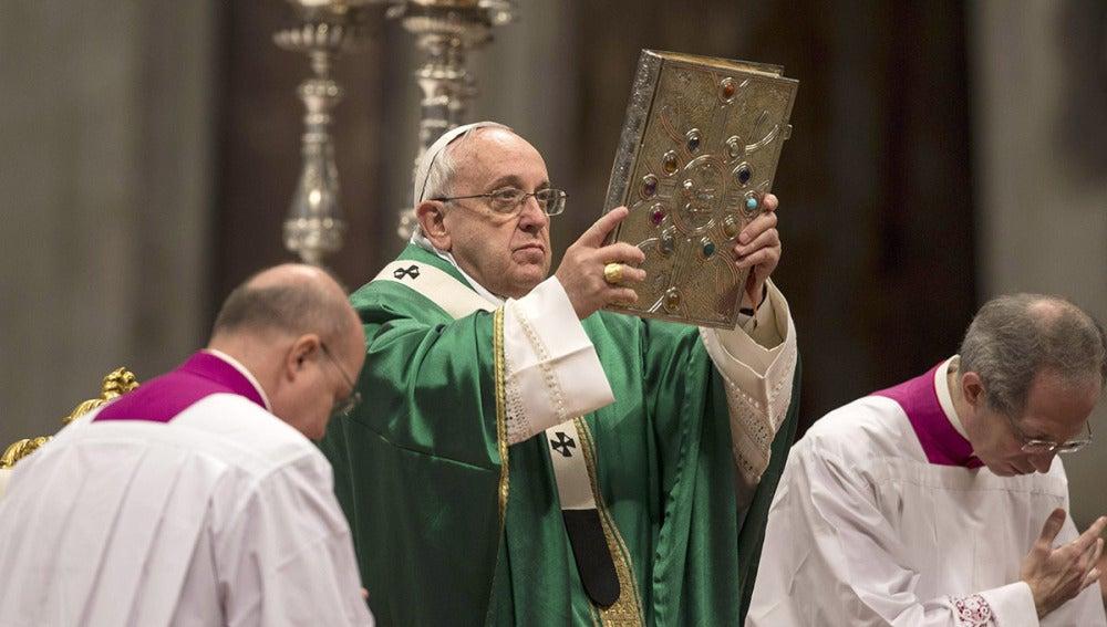 El Papa Francisco durante la homilía