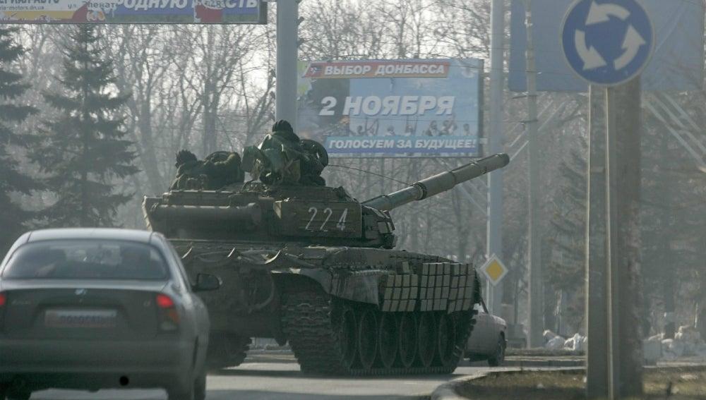 Un tanque en Ucrania tras el alto el fuego