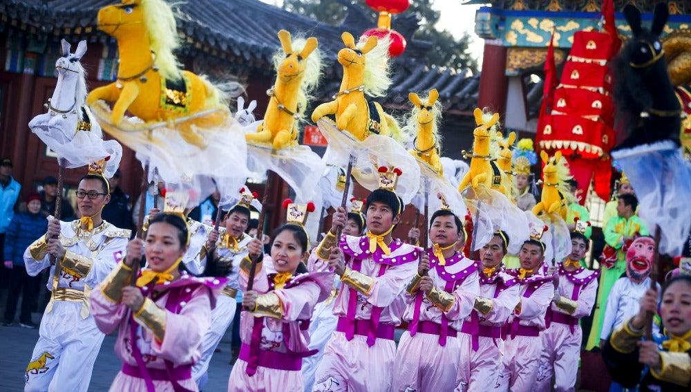 China, 'inundada de color', por el Año Nuevo Lunar (17-02-2015)
