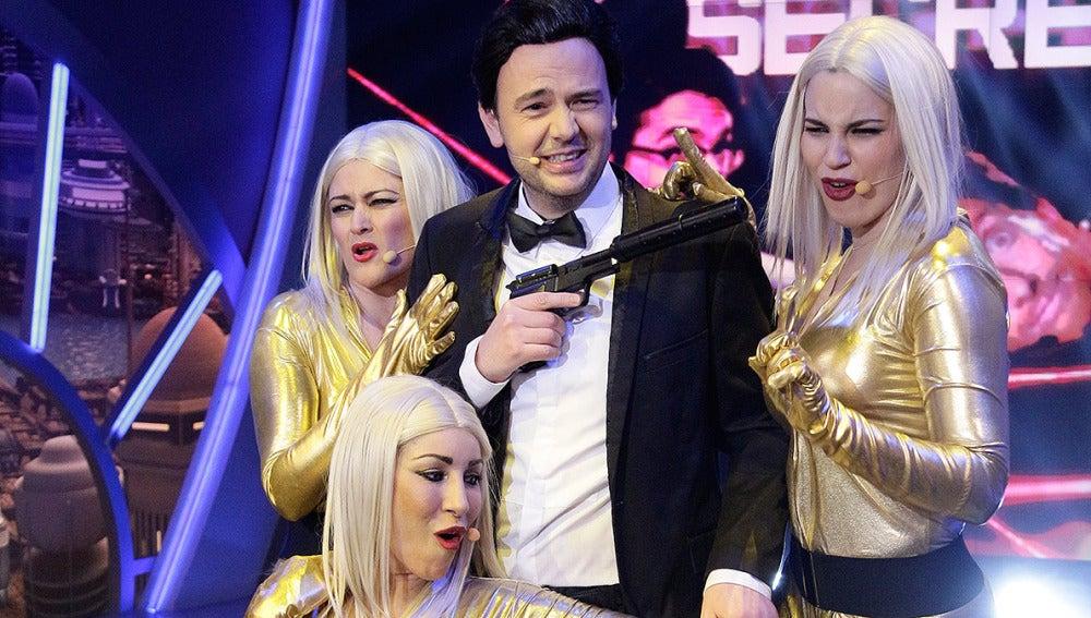 Jandro es James Bond en el musical de El Hormiguero 3.0