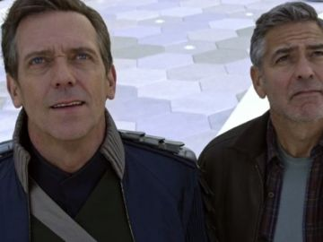 Hugh Laurie y George Clooney en 'Tomorrowland'