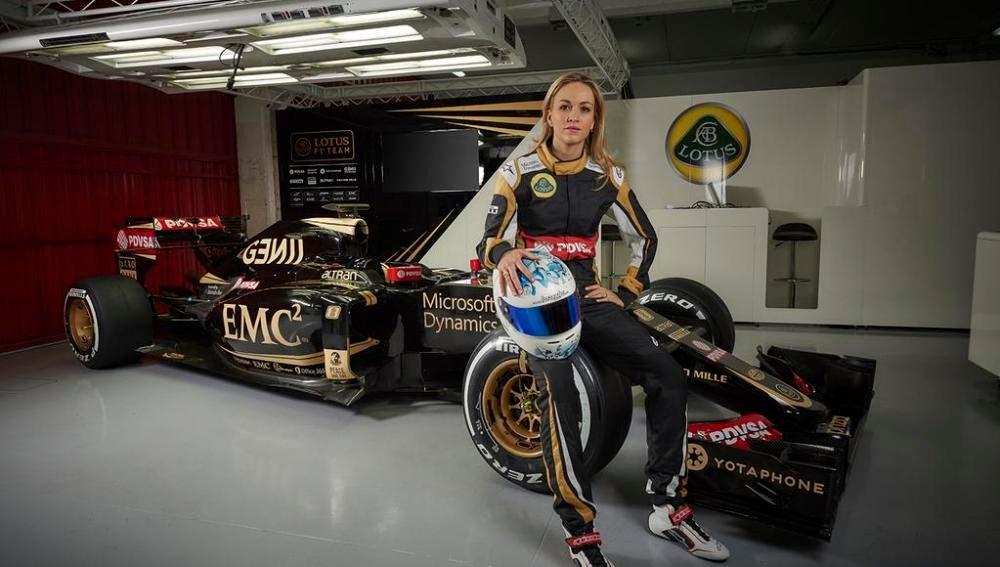 Carmen Jordá, nueva piloto de desarrollo de Lotus