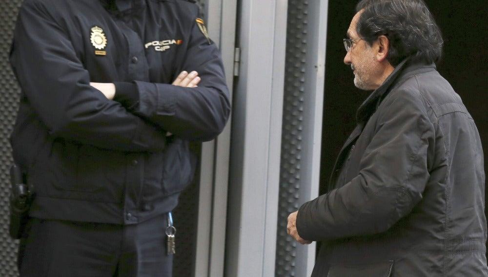 El juez impone fianzas de 4,3 millones a 21 imputados por las tarjetas opacas