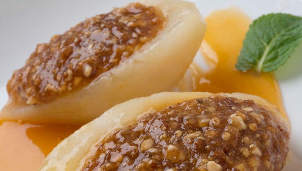 Peras con mermelada de melocotón