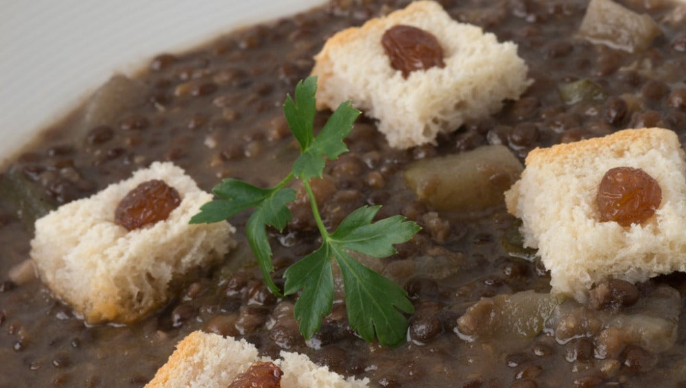 Potaje de lenteja caviar