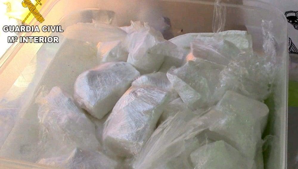 La Guardia Civil incauta a camorristas 1.200 kg de hachís ocultos entre cebollas